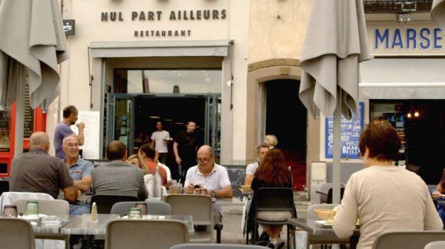 Restaurant marseille restaurant avec terrasse vieux port marseille restaurant nul part ailleurs - Au vieux port marseille restaurant ...